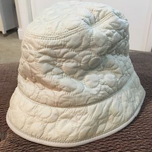 Authentic Coach off white Winter Bucket Hat
